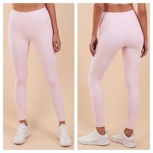 GymShark Chalk Pink Dreamy Legging 8T